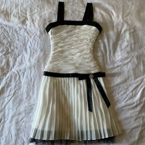 Amy Byer White and Black Dress
